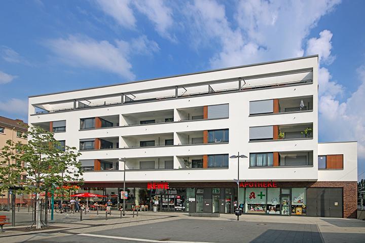Wohn- und Geschäftshaus, Breitlacher Straße, Arthur-Stern-Platz, Frankfurt am Main